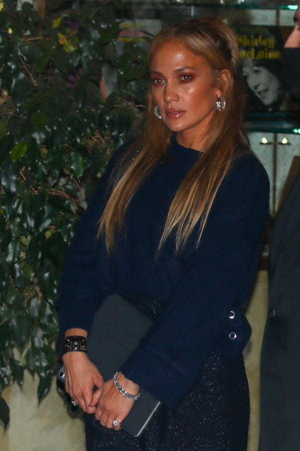 Jennifer Lopez Leaving dinner at Sunset Towers with friend Stevie Mackey in West Hollywood 04
