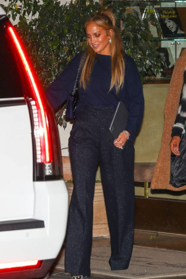 Jennifer Lopez Leaving dinner at Sunset Towers with friend Stevie Mackey in West Hollywood 10