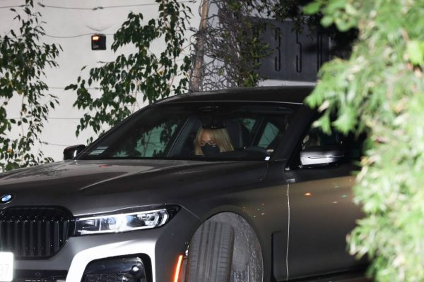 Jennifer Lopez Spotted at Sunset Tower Hotel in West Hollywood 02