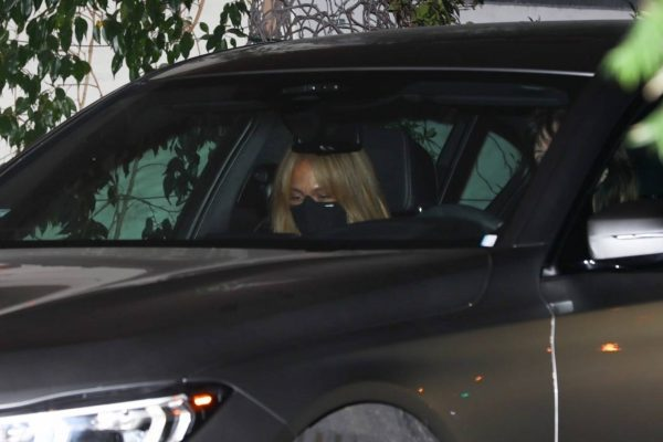 Jennifer Lopez Spotted at Sunset Tower Hotel in West Hollywood 10