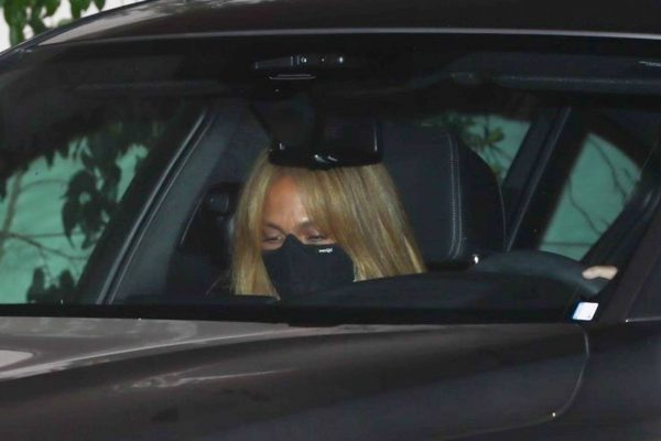 Jennifer Lopez Spotted at Sunset Tower Hotel in West Hollywood 14