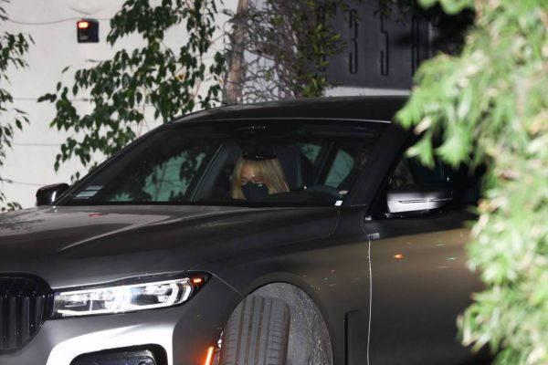 Jennifer Lopez Spotted at Sunset Tower Hotel in West Hollywood 15