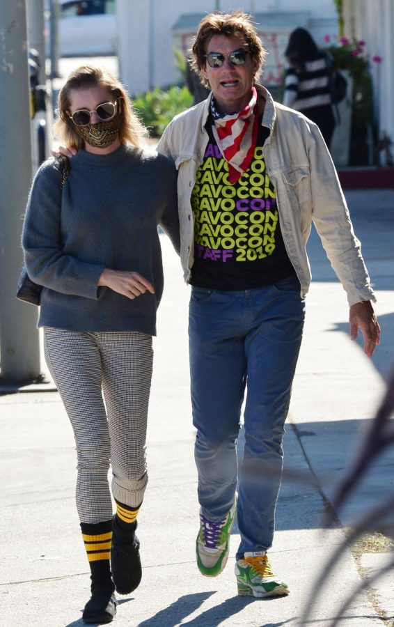 Jerry OConnell and Rebecca Romijn Out for a walk in Studio City 07