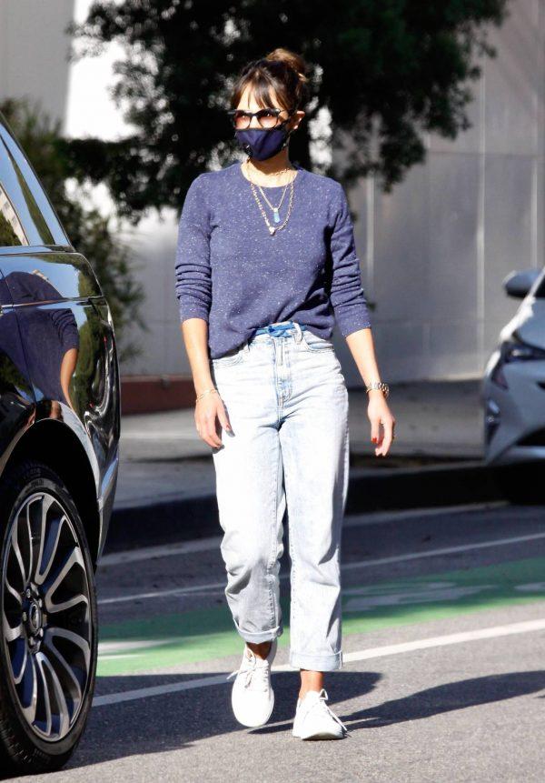 Jordana Brewster Seen in morning in Santa Monica 02