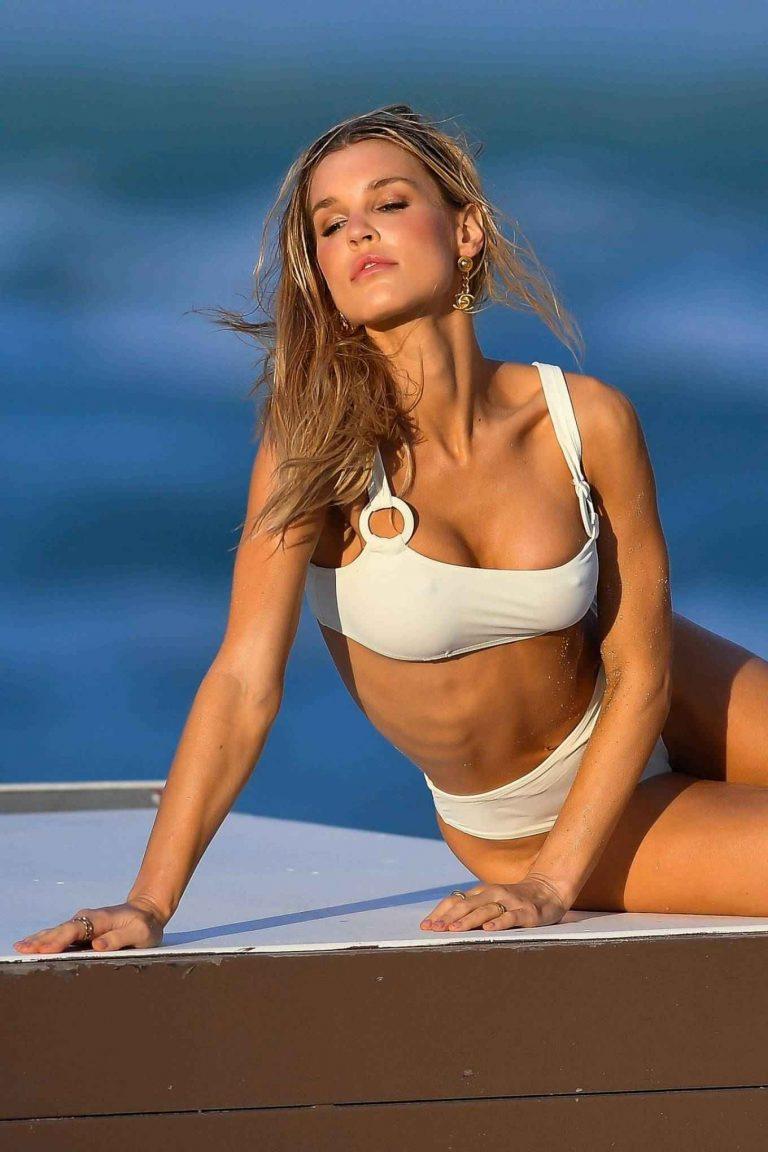 Joy Corrigan Bikini Photoshoot in Miami Beach 17