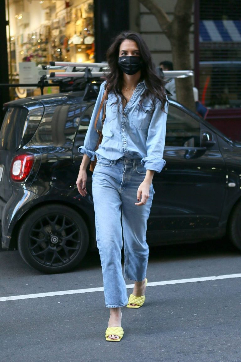 Katie Holmes Seen out in New York 09
