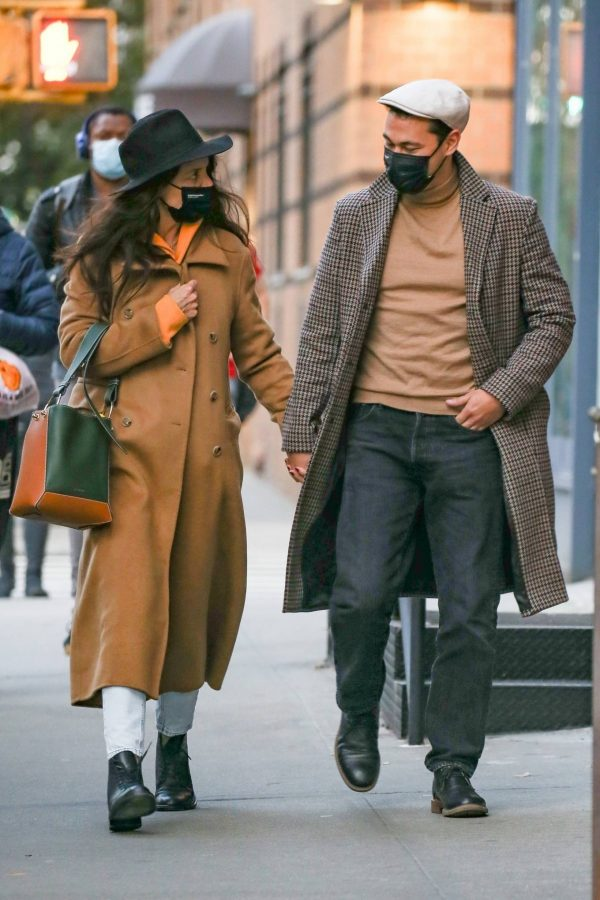 Katie Holmes Spotted while out in SoHo 06