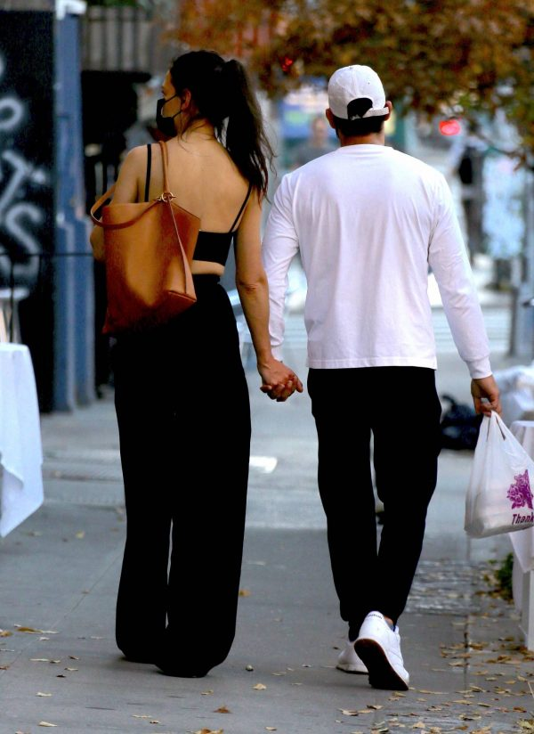 Katie Holmes with boyfriend seen out in New York 03