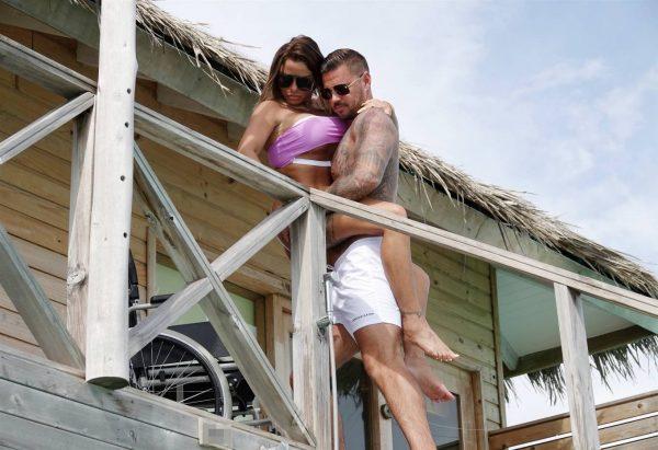Katie Price In a bikini in the Maldives 06