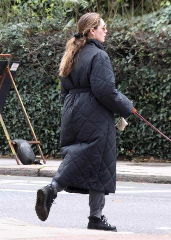 Kelly Brook Takes her dog Teddy out for a walk in London 12