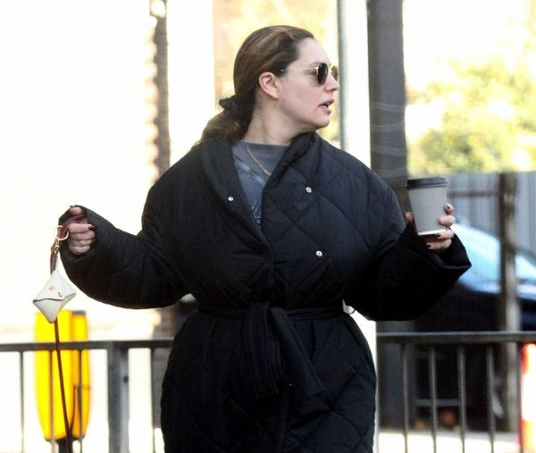Kelly Brook Takes her dog Teddy out for a walk in London 14