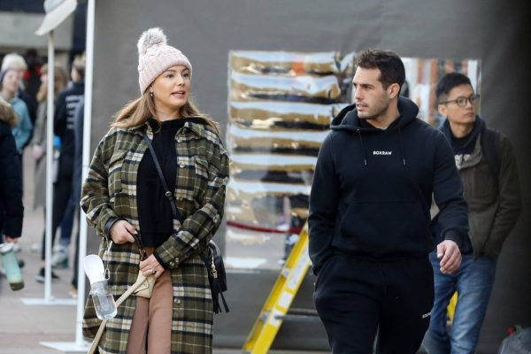 Kelly Brook and Jeremy Parisi take their puppy Teddy for a walk in Hampstead 20