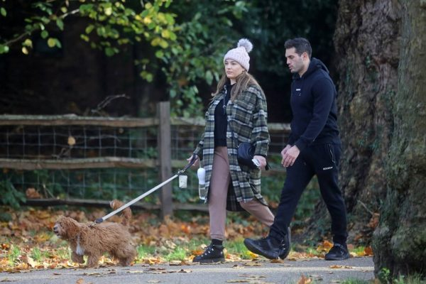 Kelly Brook and Jeremy Parisi take their puppy Teddy for a walk in Hampstead 27