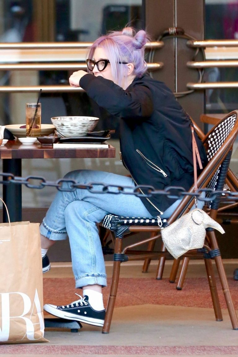 Kelly Osbourne Shopping candids with a friend at The Grove in Los Angeles 04