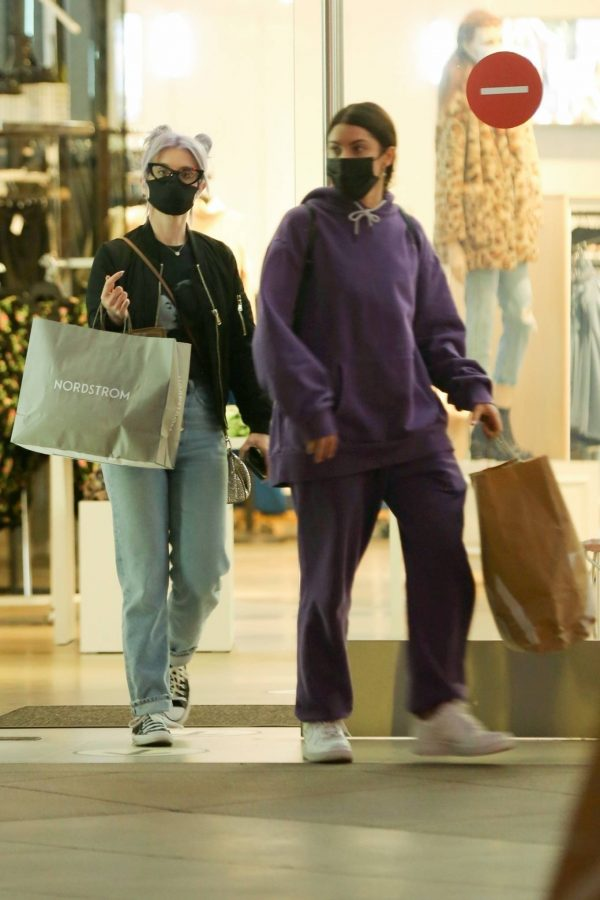 Kelly Osbourne Shopping candids with a friend at The Grove in Los Angeles 06