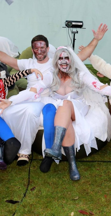 Kerry Katona Seen while celebrates Halloween at home in Sussex 03 scaled