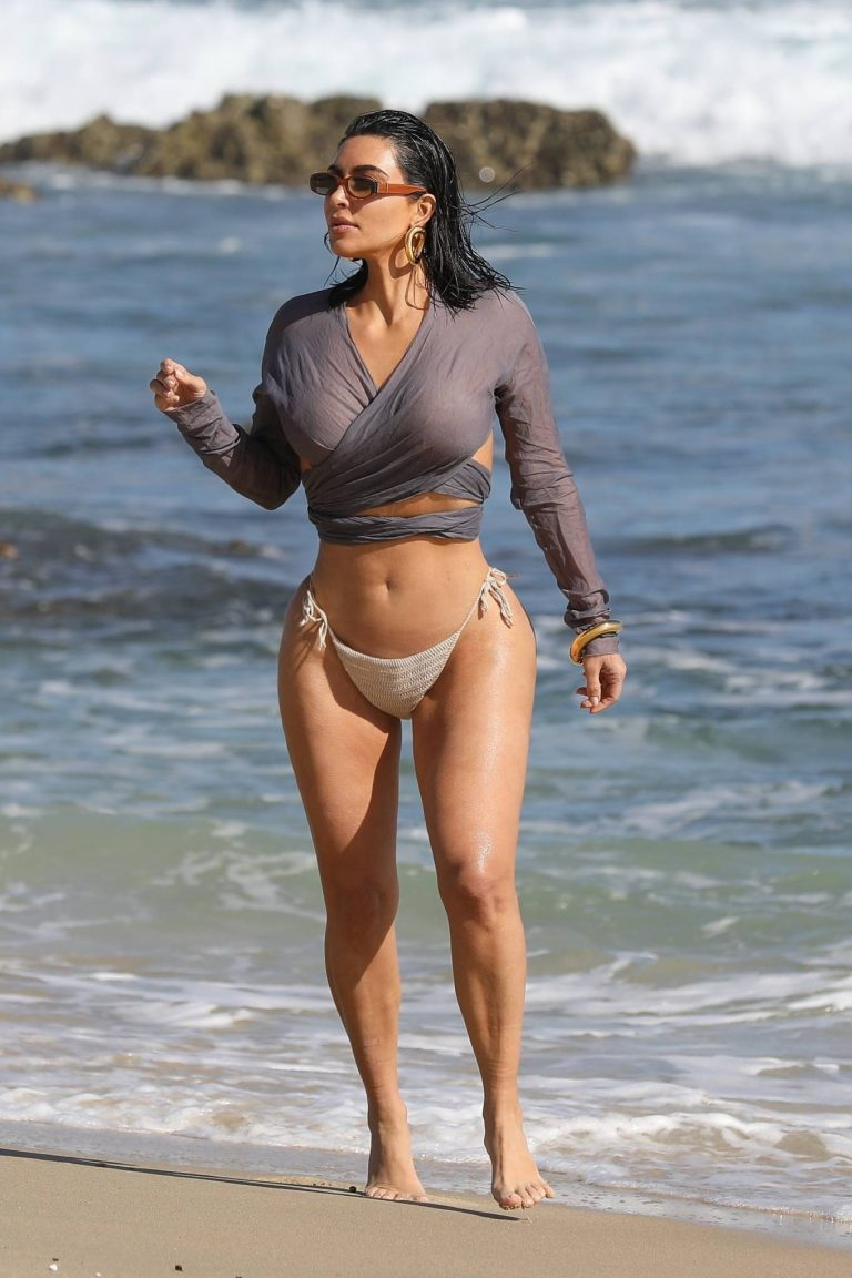 Kim Kardashian Bikini candids the beach in Malibu 06