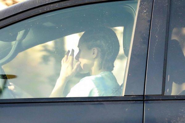 Kristen Bell Wearing a Vote T Shirt in Los Feliz 14