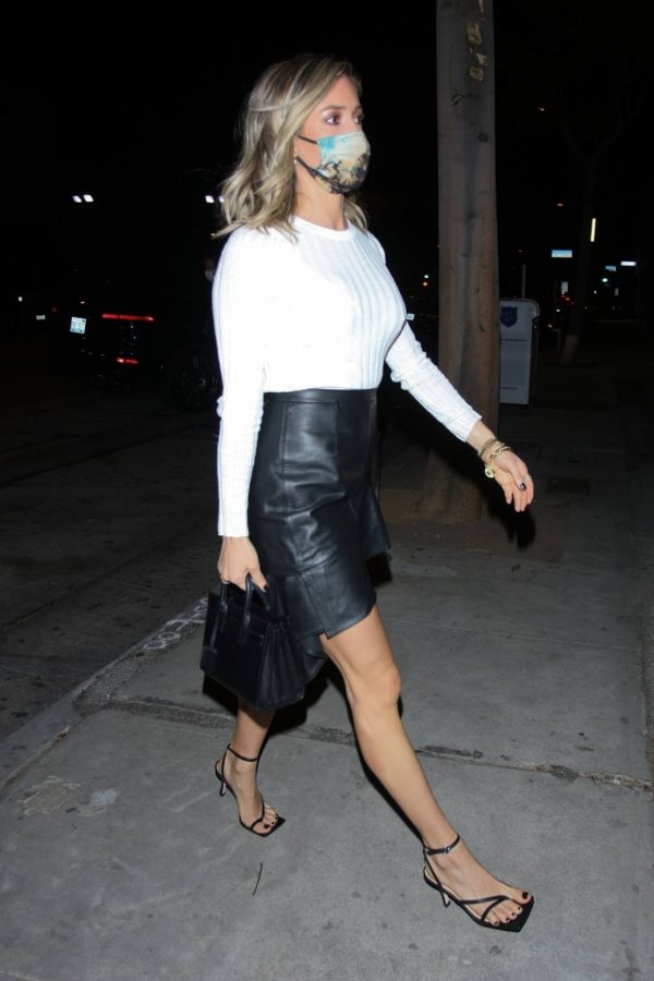 Kristin Cavallari Seen outside Craigs in West Hollywood 01