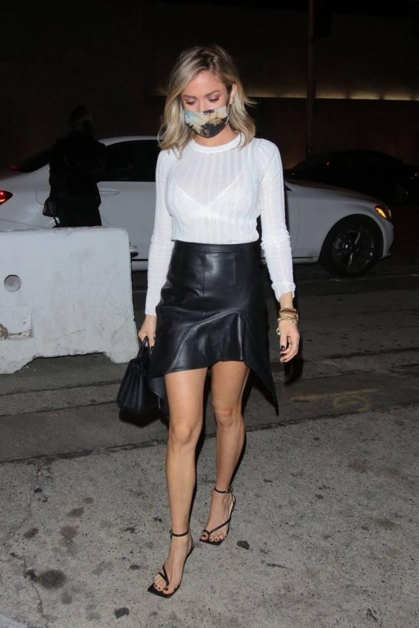 Kristin Cavallari Seen outside Craigs in West Hollywood 06