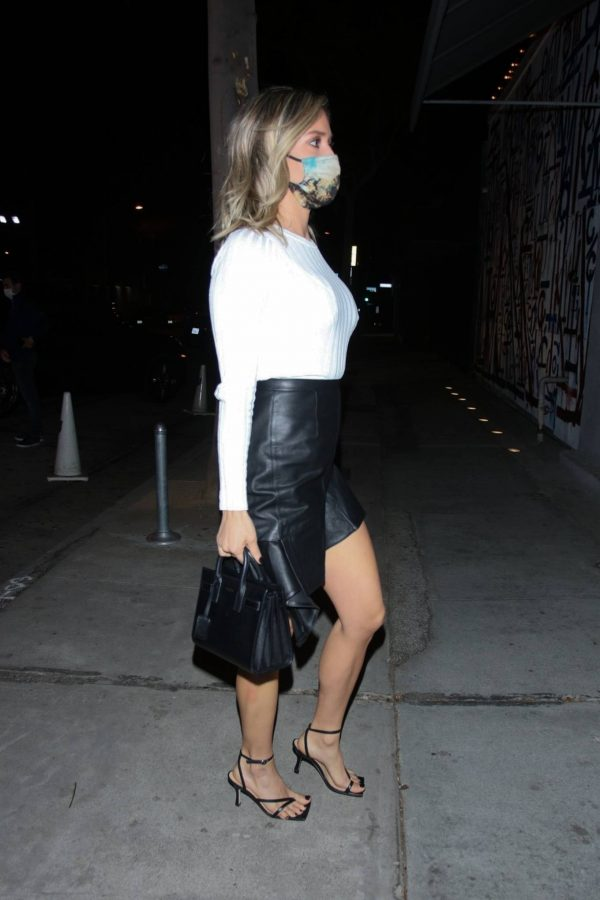 Kristin Cavallari Seen outside Craigs in West Hollywood 09