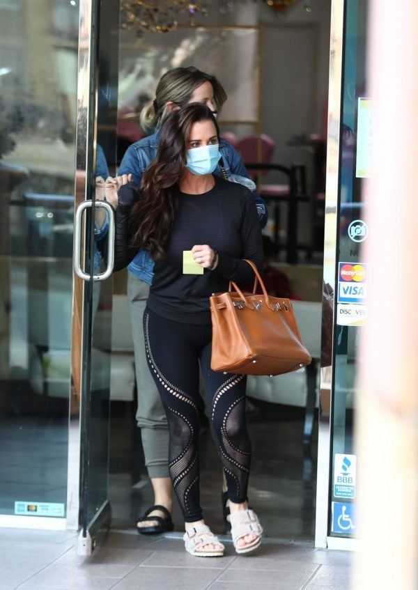 Kyle Richards Seen leaving a Nail Salon in Encino 18