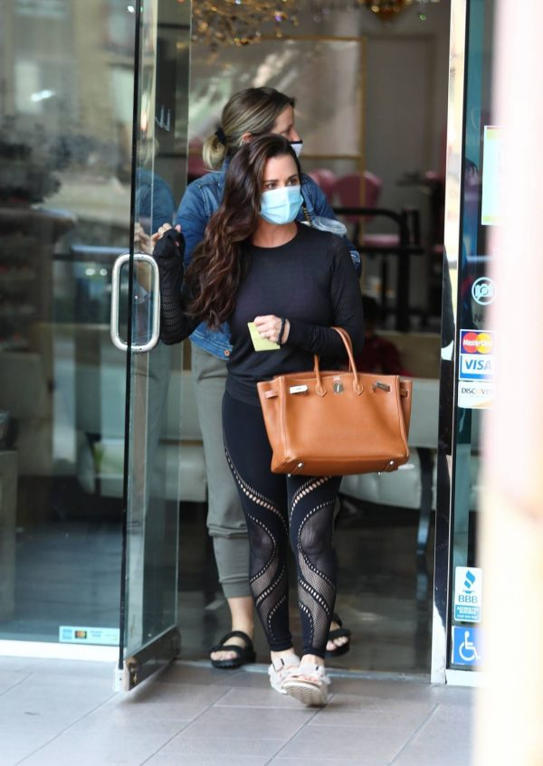 Kyle Richards Seen leaving a Nail Salon in Encino 21