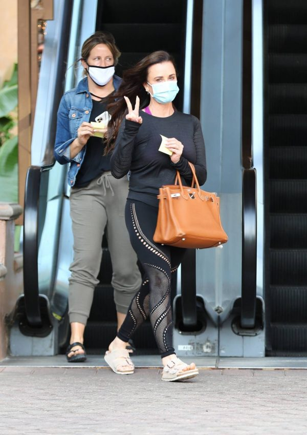 Kyle Richards Seen leaving a Nail Salon in Encino 25