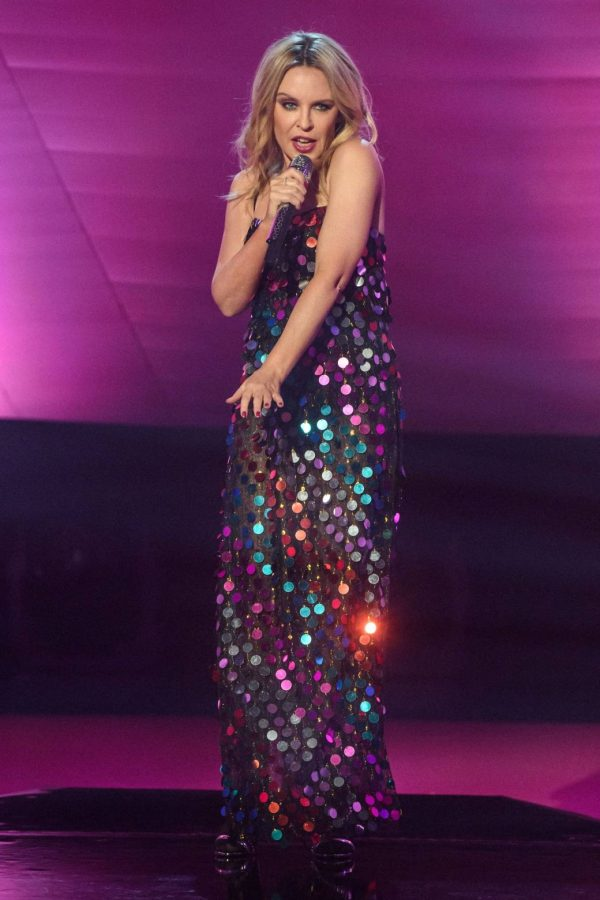 Kylie Minogue Performing at Graham Norton Show 03
