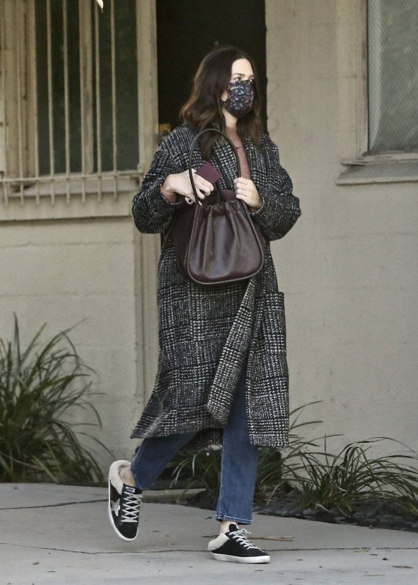 Mandy Moore Seen out in Los Angeles 03