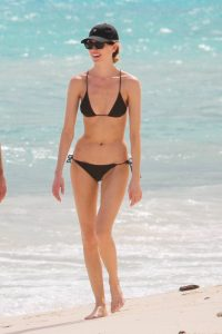 Martha Hunt In bikini stroll on the beach her fiance in Tulum 24