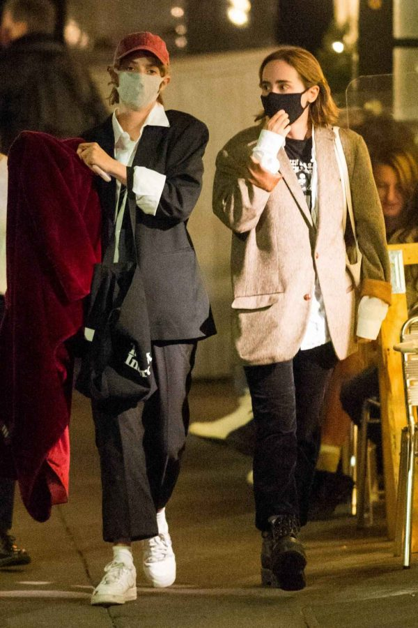 Maya Hawke Out with a friend in the West Village in New York 01