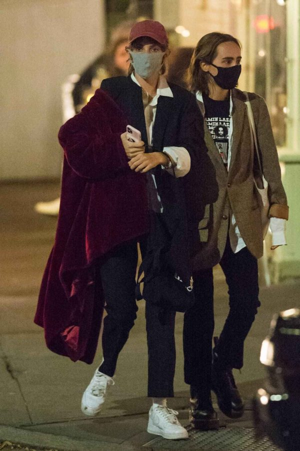 Maya Hawke Out with a friend in the West Village in New York 02