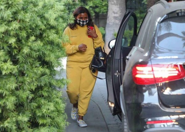 Mindy Kaling Leaving Sunset Tower Hotel in West Hollywood 05