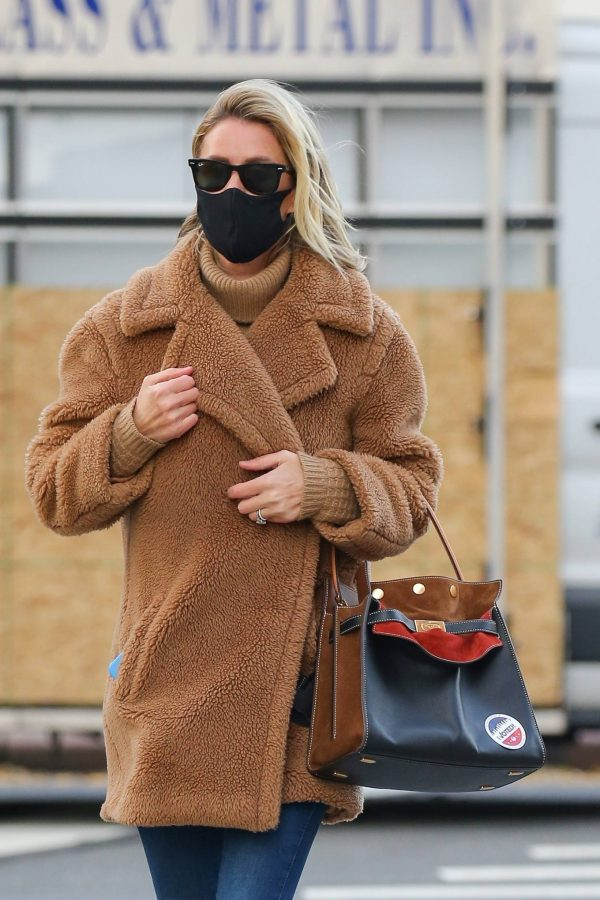 Nicky Hilton Casting her vote at the polls in New York 12