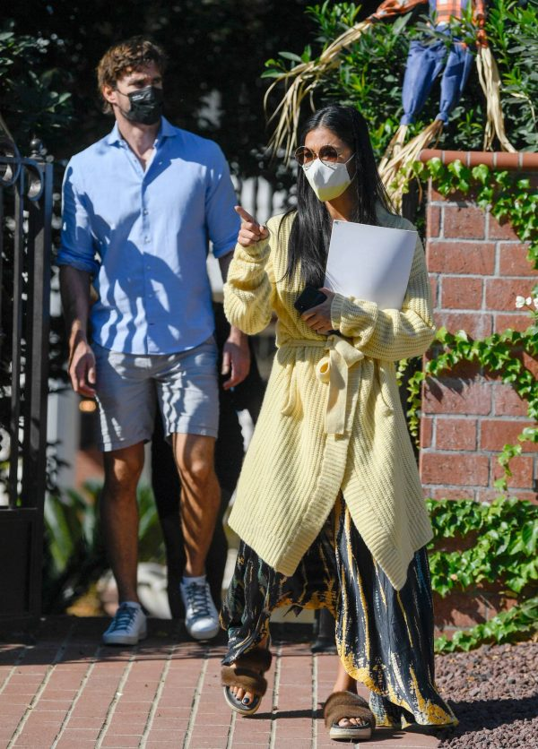 Nicole Scherzinger and Thom Evans House Hunting in Los Angeles 09