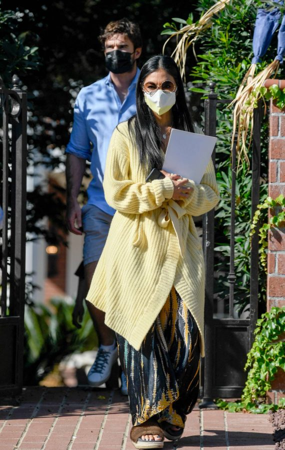 Nicole Scherzinger and Thom Evans House Hunting in Los Angeles 11