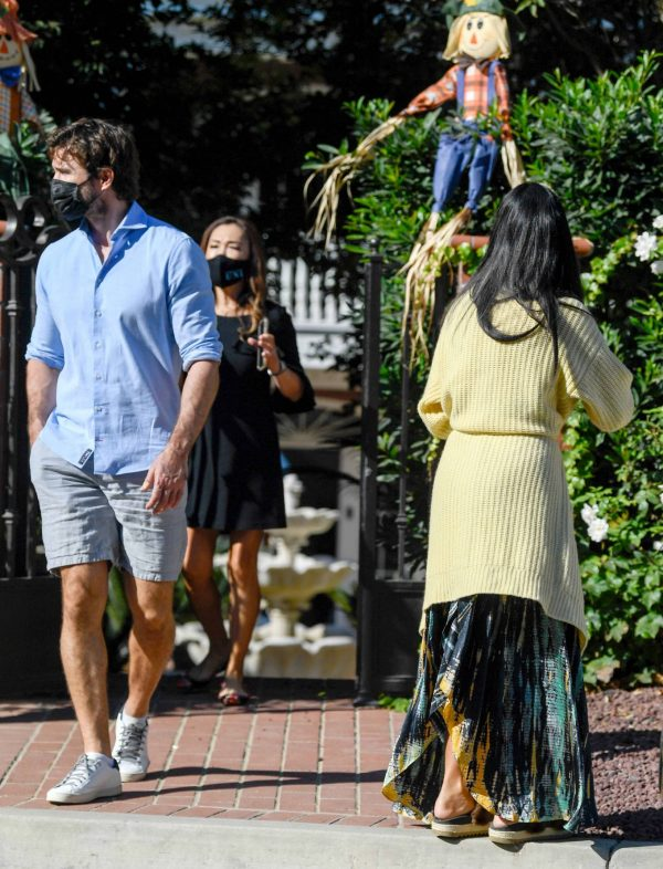 Nicole Scherzinger and Thom Evans House Hunting in Los Angeles 15