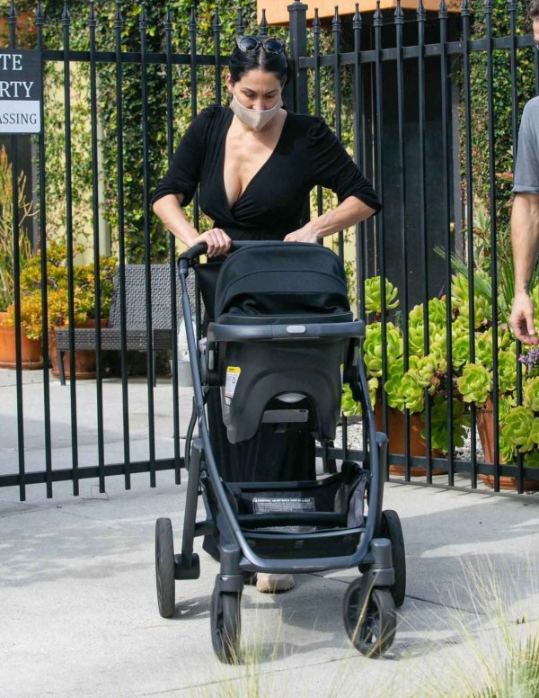 Nikki Bella Takes son Matteo out in Studio City 11