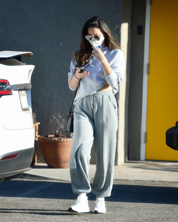 Olivia Munn Pictured while leaving a gym in Los Angeles 04