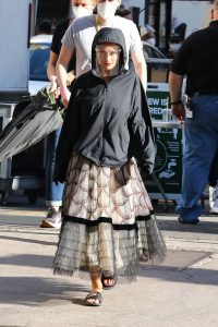 Olivia Wilde Filming Dont Worry Darling in Los Angeles 10