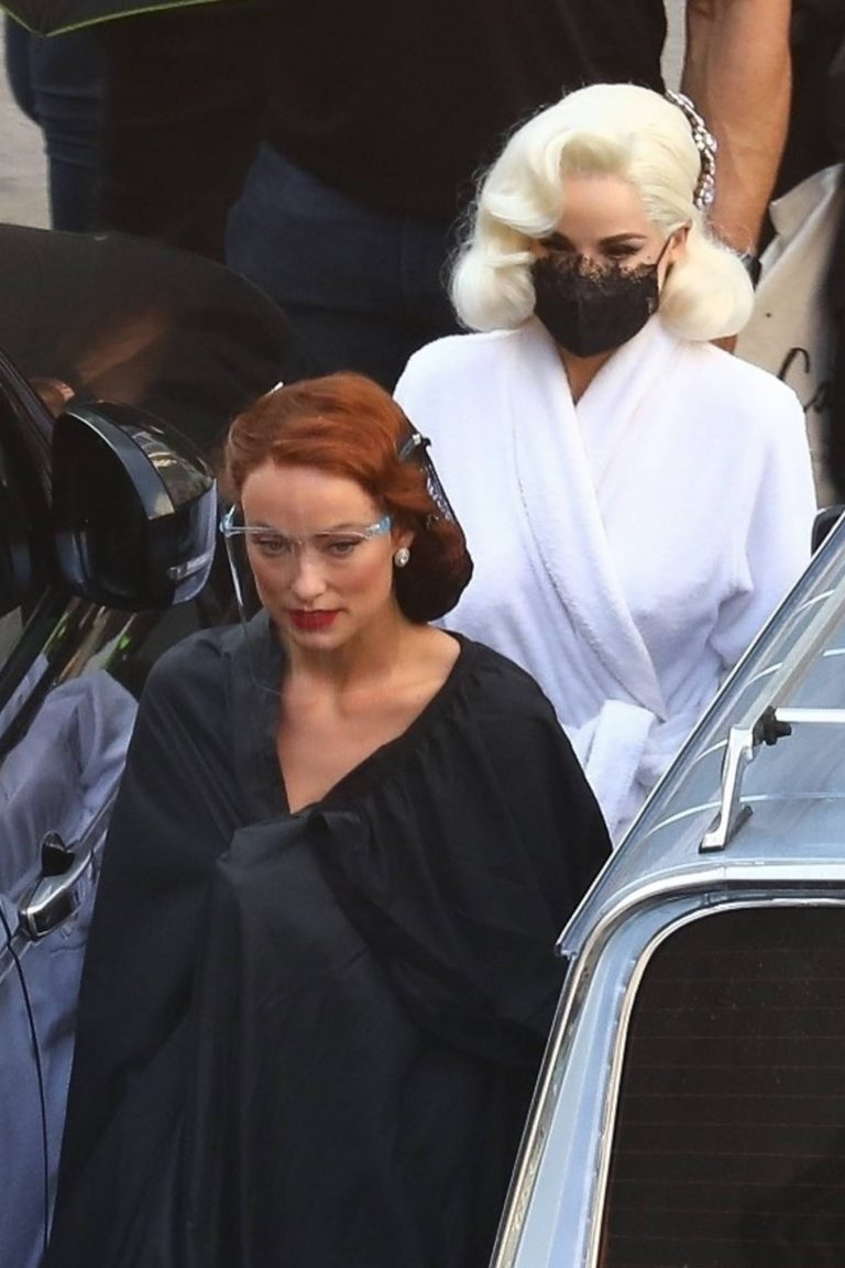 Olivia Wilde and Dita Von Teese and Harry Styles Dont Worry Darling set in Los Angeles 14