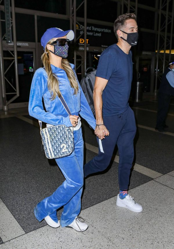 Paris Hilton Arriving at LAX airport in Los Angeles 10