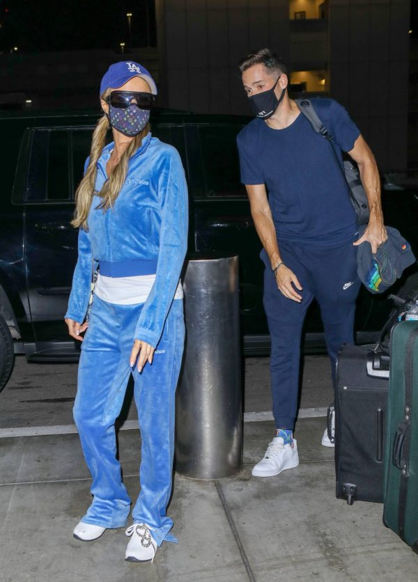 Paris Hilton Arriving at LAX airport in Los Angeles 26