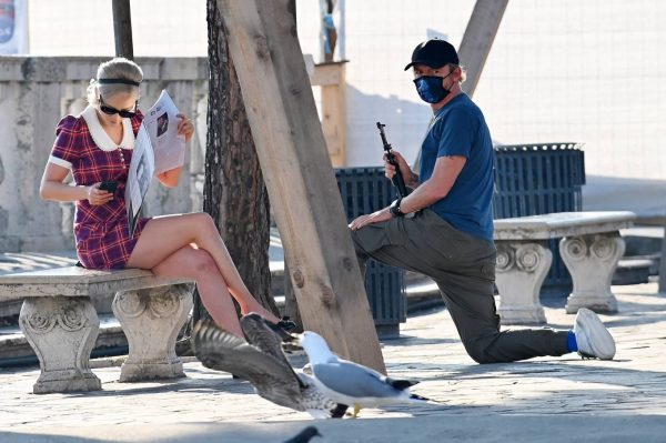 Pom Klementieff with Simon Pegg seen making videos with her mobile phone in Venice 02