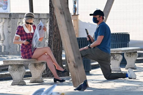 Pom Klementieff with Simon Pegg seen making videos with her mobile phone in Venice 04