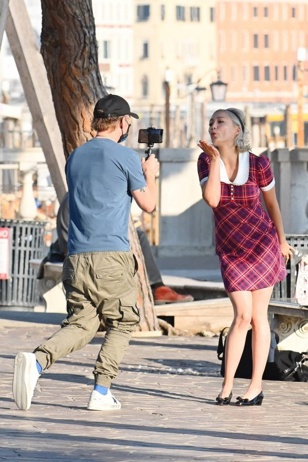 Pom Klementieff with Simon Pegg seen making videos with her mobile phone in Venice 14