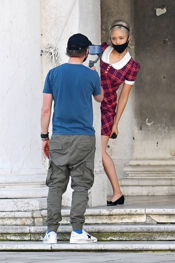 Pom Klementieff with Simon Pegg seen making videos with her mobile phone in Venice 20