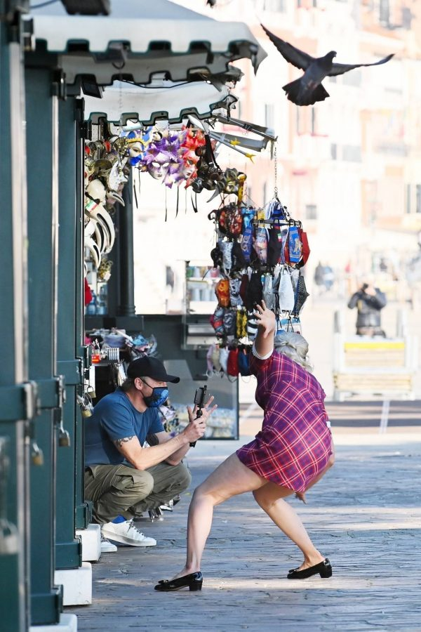 Pom Klementieff with Simon Pegg seen making videos with her mobile phone in Venice 25