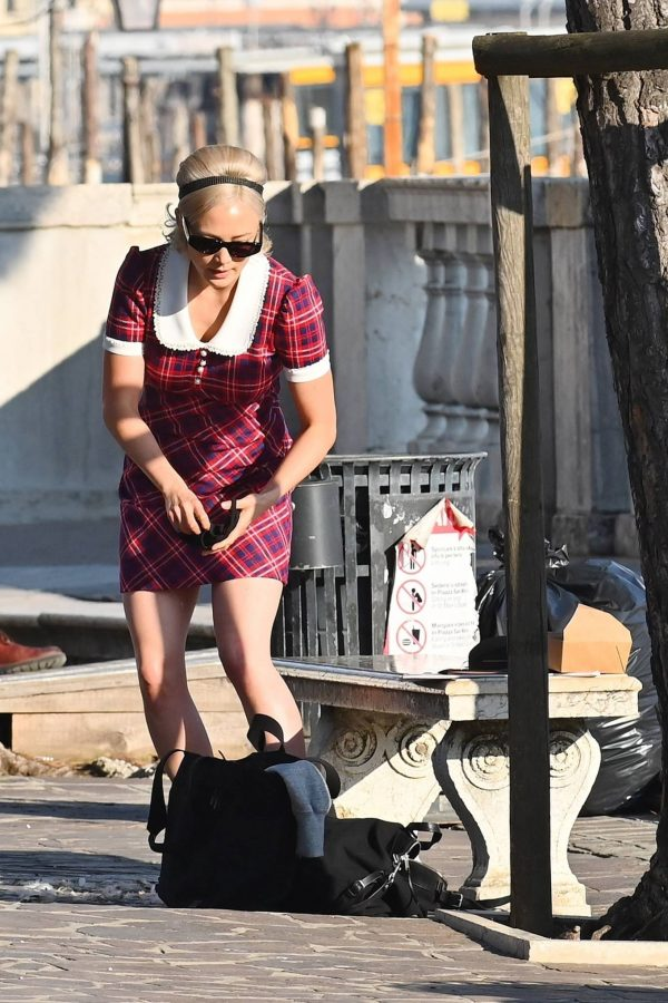 Pom Klementieff with Simon Pegg seen making videos with her mobile phone in Venice 26